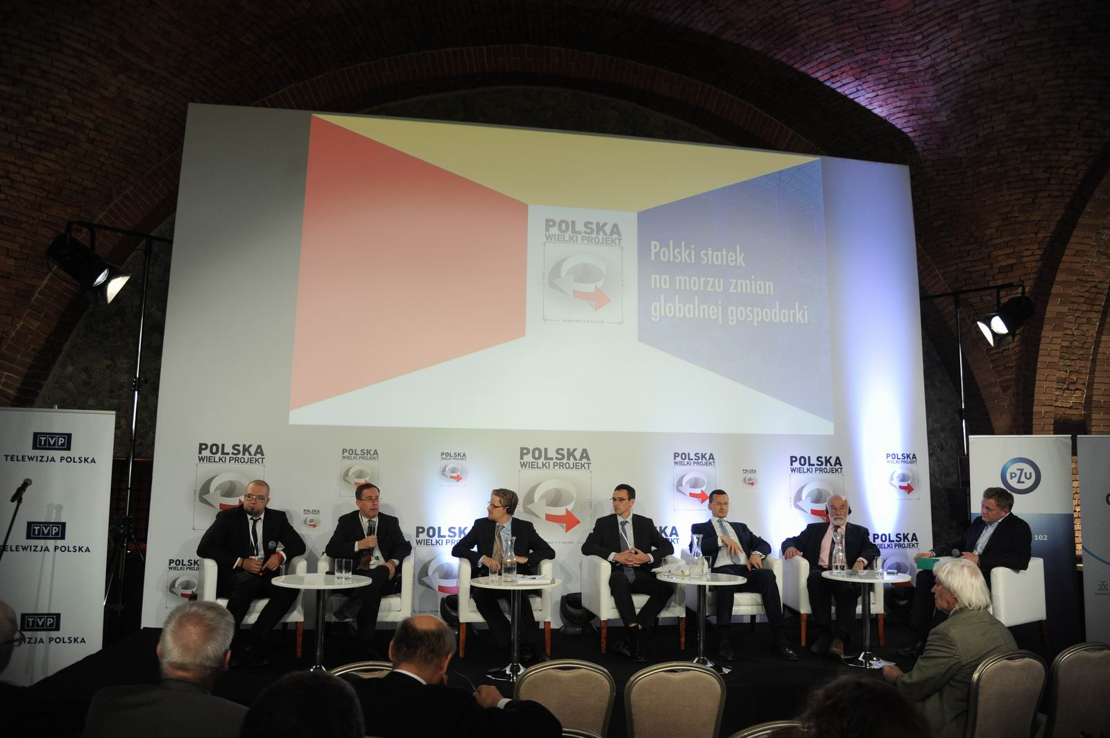 Polski statek na morzu zmian globalnej gospodarki