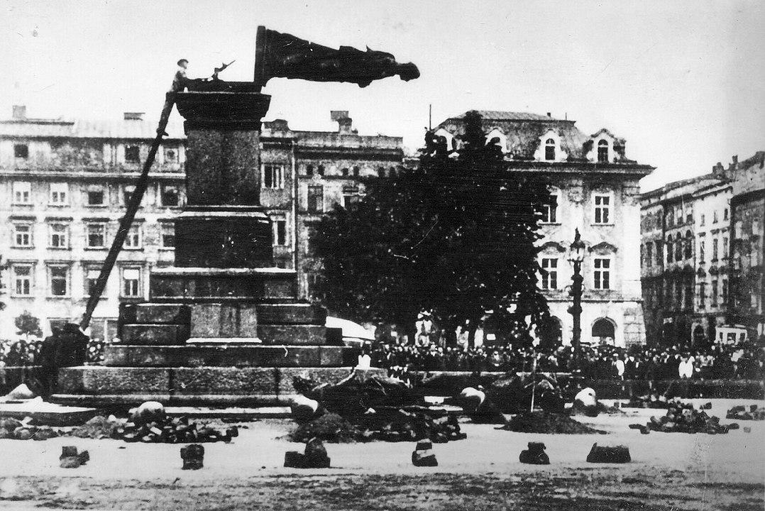 pomnik-mickiewicza